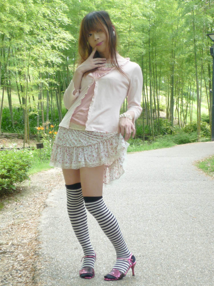Welcome to Yuki's crossdressing picture.